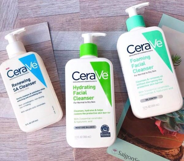 Sữa rửa mặt Cerave thuộc thương hiệu mỹ phẩm nước Mỹ, có 2 bản Mỹ và Pháp, thường bản Pháp được đánh giá tốt hơn (do người dùng bình chọn)